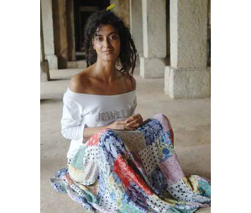 Story Of A Model From Ramp To Beggar Gitanjali Nagpal Geetanjali was doing very well with her modeling profession. thestorypedia