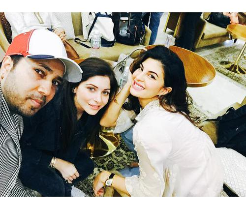 6 Pictures of Baby Doll Singer Kanika Kapoor You Can't ...