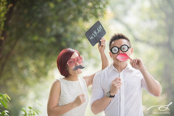 Pre Wedding Photoshoot Props Ideas Beloved Blog