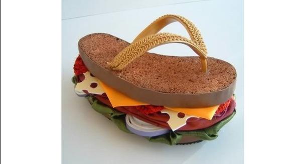 1573551678_weird-shoes12_4.jpg